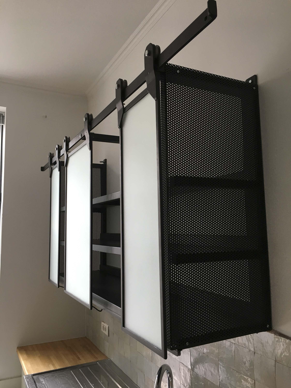 Meuble cuisine en metal perfect meuble de cuisine pas for Cuisine metal noir